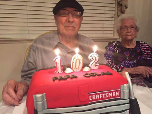 Ông Nicholas mừng sinh nhật 102 tuổi trùng với dịp kỷ niệm 82 năm ngày cưới. Ảnh: Today