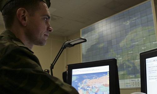 Với vệ tinh mới, Nga có thể theo dõi, phát hiện sớm mọi vụ phóng tên lửa đạn đạo ở bất cứ đâu. Ảnh minh họa: AP
