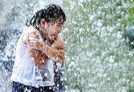 giải mã giấc mơ mưa