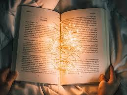 Mơ thấy sách là điềm báo điều gì?